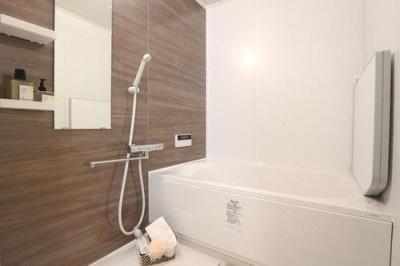 【浴室】ヴェルビュ上甲子園