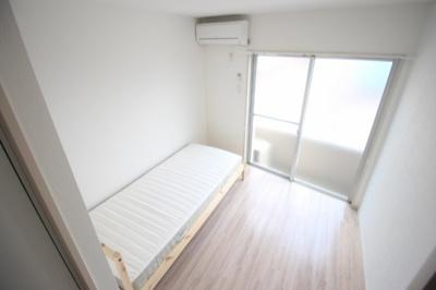 【寝室】カレッジマンション七瀬川