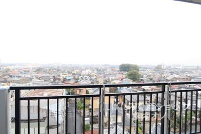 西側バルコニーからの眺望です
