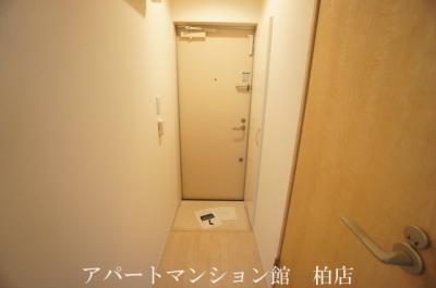 【玄関】リブリ・南柏