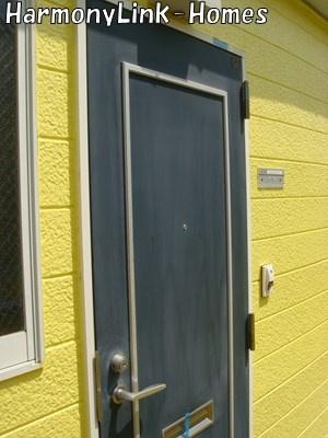 ライフピアアシストのきれいな玄関です