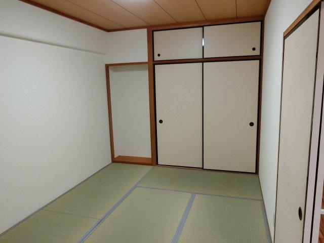 グラード柏原(旧:メゾン・ドュ・ポルテマイヨ) 和室
