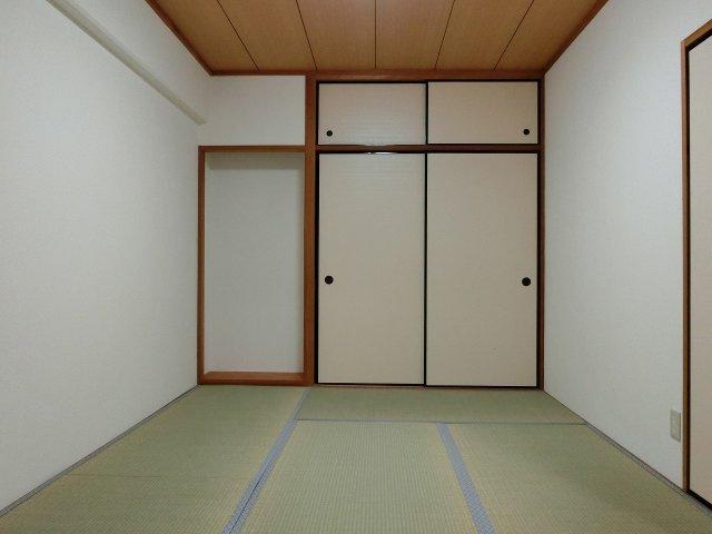 グラード柏原(旧:メゾン・ドュ・ポルテマイヨ) 寝室