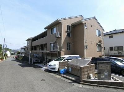小田急多摩線「五月台」駅より徒歩9分!便利な立地の2階建てアパートです♪通勤通学はもちろん、お買い物やお出かけにもGood☆