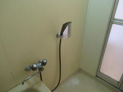 シャワー付きです