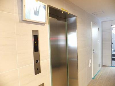 TVモニター付エレベーター
