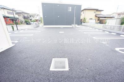 【駐車場】プチベールメゾンⅡ