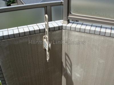 ルーブル鷺宮参番館の外からの目が気にならないバルコニーで洗濯物が干せます★
