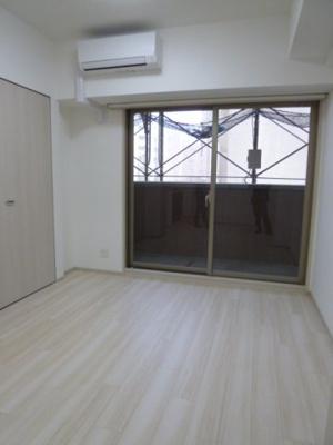 【洋室】スプランディッド新大阪キャトル