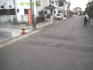 全面道路6.5m、車の出し入れも安心!!