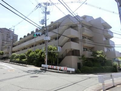 【現地写真】 総戸数24戸のマンションです♪
