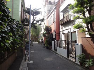 ジュネス根岸 物件前 閑静な住宅街で静かな環境!