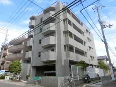 【現地写真】 総戸数16戸のマンションです♪