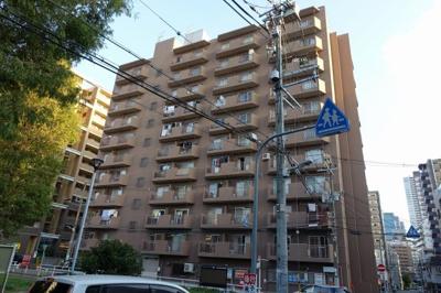 地下鉄御堂筋線中津駅歩6分の立地です。
