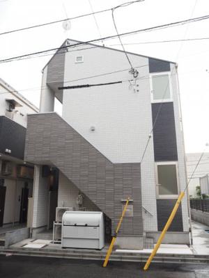 ハーモニーテラス新宿若松町の外観です