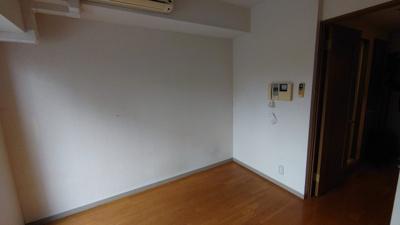【居間・リビング】スカイコート高田馬場第5