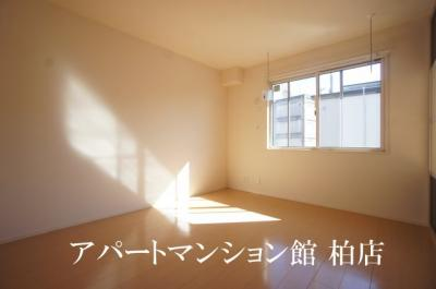 【洋室】ラ・フルールB