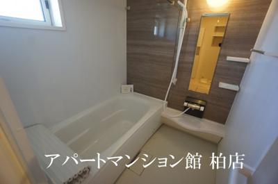 【浴室】ラ・フルールB