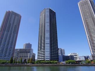 地震の揺れを軽減する免震構造タワーマンション BEACON TOWER Residence