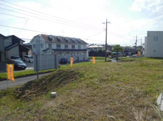 グランファミーロ国分寺 土地 五井駅 公道に11.5m接した土地です。間口が広く駐車スペースもゆったりと確保することができます。