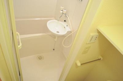 【浴室】レオパレス上坂部2