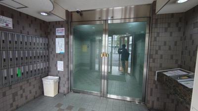 【エントランス】ロワレール横浜西壱番館