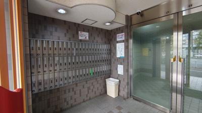 ロワレール横浜西壱番館:エントランス