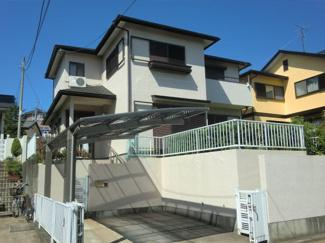 千葉市緑区誉田町1丁目 中古一戸建て 鎌取駅 南道路に面した日当たり良好な物件です。庭も広く開放的な区画になっています。
