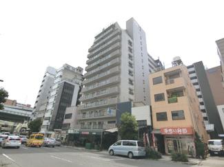 1階にはスーパーもあり近隣施設も豊富な便利な立地のマンションです♪