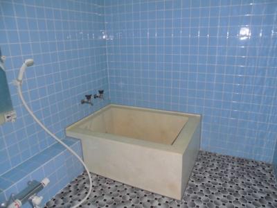 【浴室】北秋田市脇神字高村岱・中古住宅