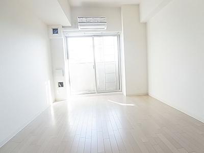 【洋室】ララプレイス三宮東アスヴェル