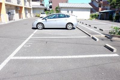 【駐車場】オーク・アベニュー