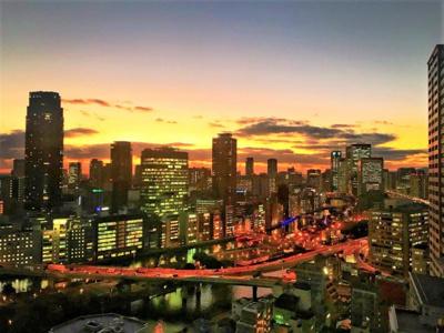 26階建タワーマンションの25階部分! 眺望良好♪夜景も美しい中之島が一望!