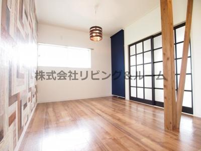 【居間・リビング】リバーサイド天川・B棟
