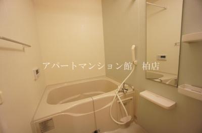 【浴室】べルクラールⅠ