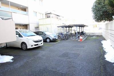 駐車スペースもあります  リノベーション完了♪♪いつでも内覧できます♪三郷新築ナビで検索♪