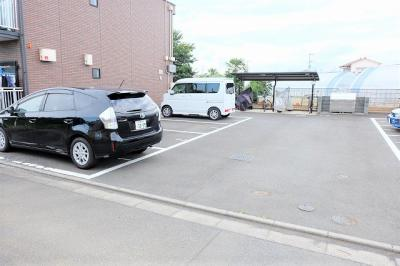 【駐車場】オートハウスⅡ