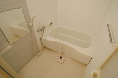 【浴室】モンテカスカーダ A棟
