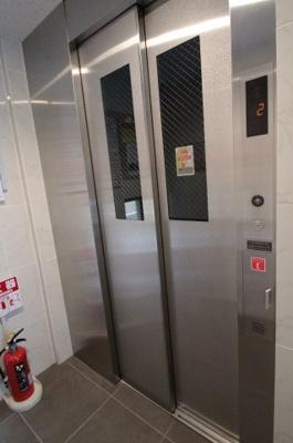 エレベーター ブリヤン諏訪台(スワダイ)