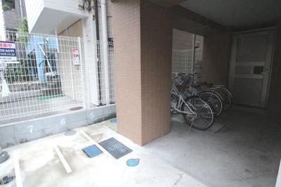 駐輪スペース(空要確認) ブリヤン諏訪台(スワダイ)