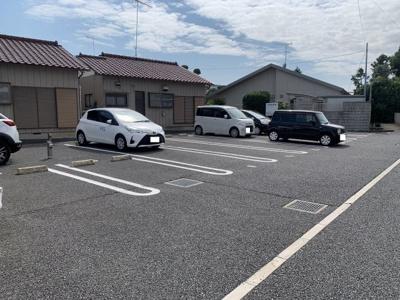 【駐車場】リヴァージュ弐番館