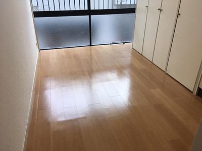 【洋室】エステート神戸