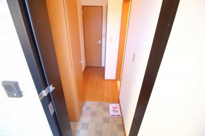 【玄関】グレイス御屋敷通