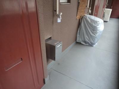 吉田ビル 洗濯機置き場は廊下にあります