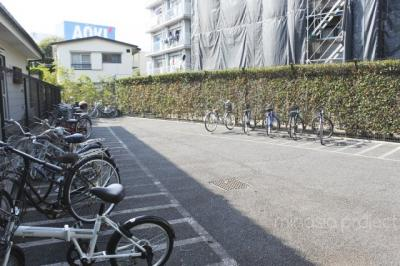 バルコニー側自転車置き場