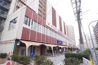 ショッピングセンター「イズミヤ平野店」まで徒歩2分(約140m)