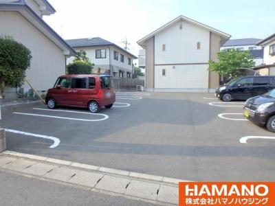 【駐車場】ファミーユ レ―ヴ