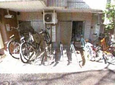 ラ・シード中野新井薬師:駐輪場