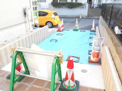 駐車場2台。の用意があります。1980万円に価格変更です。オープンハウス開催中。らすと1棟。