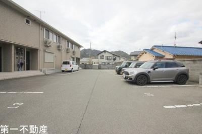 【駐車場】カフーガーデン